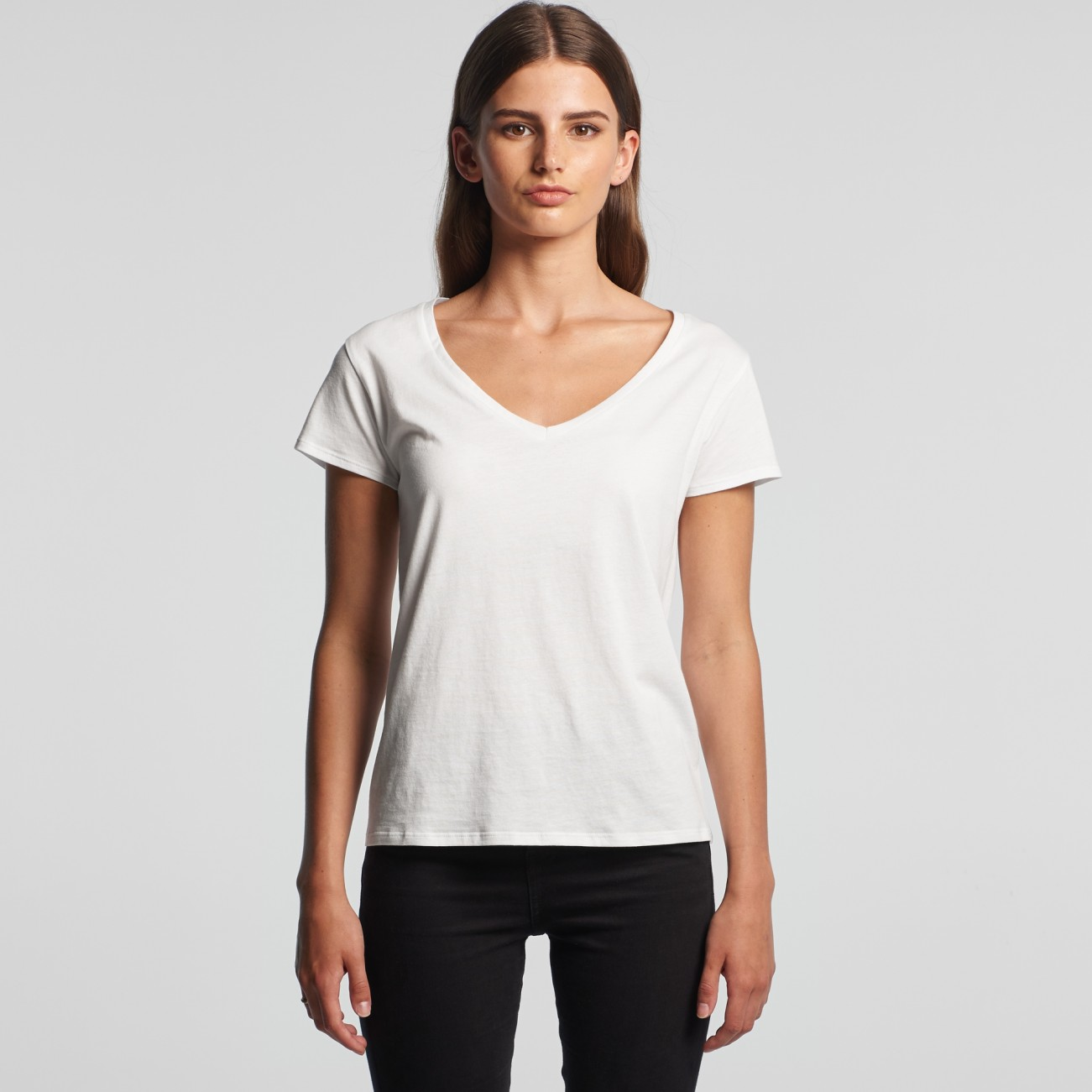 4047 WOMENS LA BREA V-NECK TEE